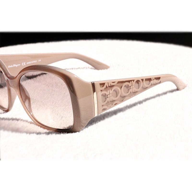 Dámské sluneční brýle Salvatore Ferragamo SF722S 264.